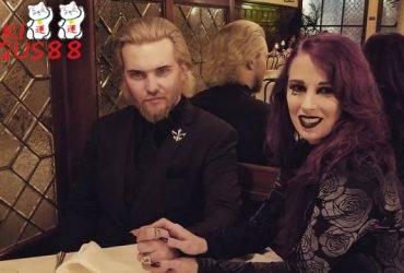 Ingin Menjadi Vampir, Pasangan Ini Rutin Minum Darah Manusia